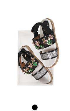 """花点缀凉鞋<br> <font color=#ff9999 size=""""1.9"""" face=verdana>BEST BUY</font>"""