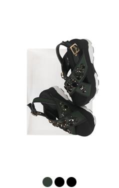 "(更多)宝石厚底凉鞋<br> <font color=#82C7E4 size=""1.9"" face=verdana>添加颜色</font>"