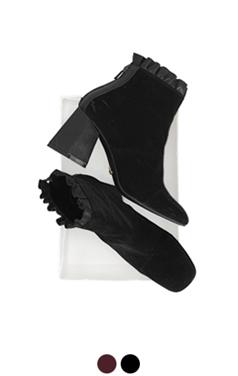荷叶边绒短靴