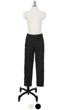 """条纹长裤的质地<br> <font color=#82C7E4 size=""""1.9"""" face=verdana>添加颜色</font>"""