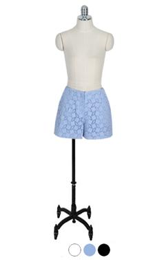 米娜孔短裤