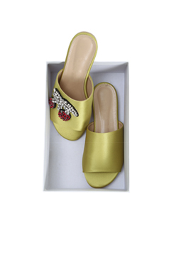 宝石樱桃缎拖鞋